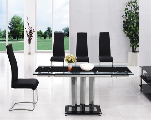 MANI EXTENDING GLASS TABLE Dining Table and Chairs  : 816 655 from www.diningtables.co.uk size 594 x 474 jpeg 114kB