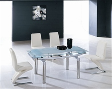 DELTA EXTENDING GLASS DINING TABLE AND CHAIRS<br />