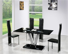 V GLASS DINING TABLE AND 6 CHAIRS<br />